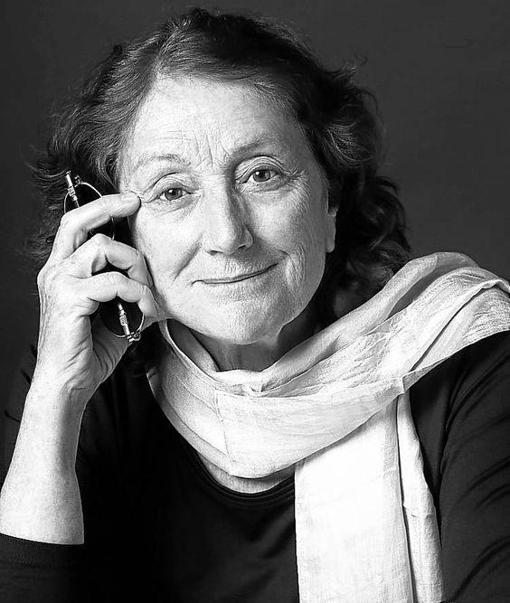 Rosa Regás escribe sobre María Moliner http://www.elmundo.es/blogs/elmundo/ellas/2013/01/21/maria-moliner.html #MariaMoliner