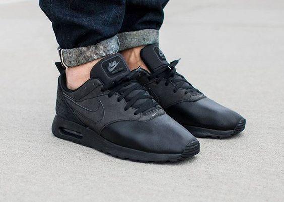 Nike Air Max Tavas Leather Grey