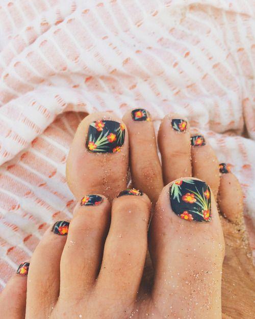 uñas de moda 15 estilos de uñas hawaiana | Summer toe nails, Cute toenail designs, Cute toe nails