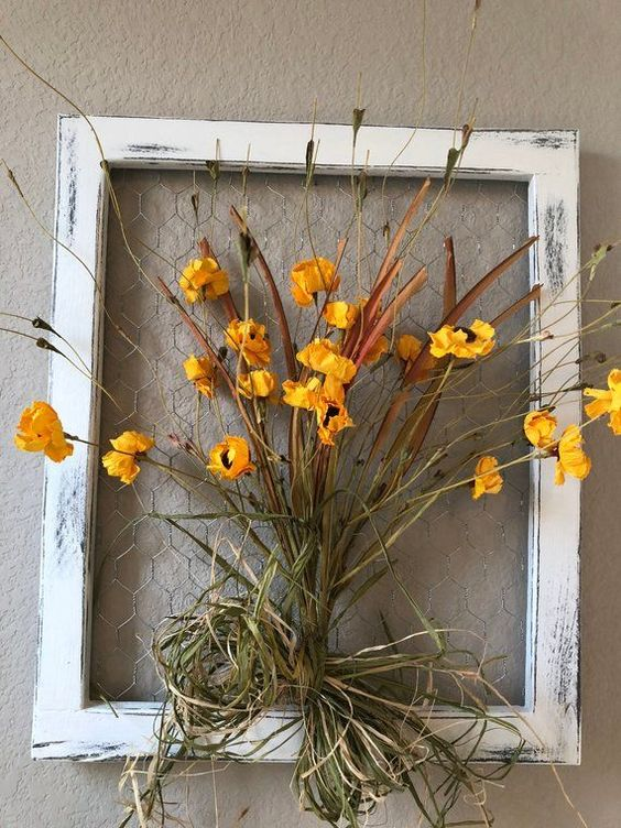 Chicken Wire Frame with Floral Decor; Farmhouse wall decor; Rustic wall decor; Rustic home decor; Wa - #chicken #decor #farmhouse #floral #frame #rustic - #Genel