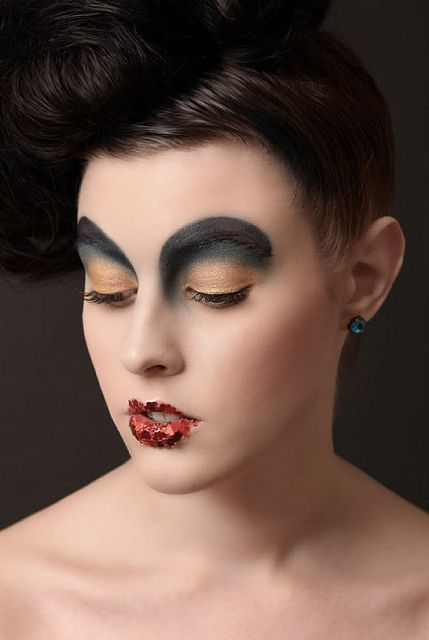 Another good costume make-up idea (for circus theme costume?).
