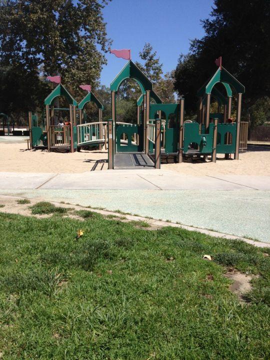 http://laparks.org/dos/playground/facility/griffithUAPk.htm http://www.yelp.com/biz/shanes-inspiration-los-angeles