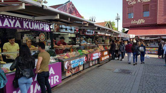 Barrio de Ortaköy , Estambul, Turquía