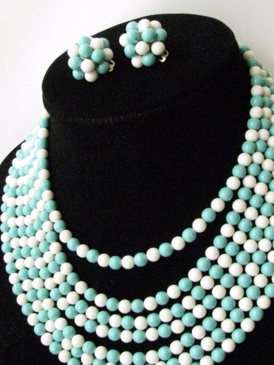 VINTAGE JAPAN BEAD CLUSTER NECKLACE AND EARRING SET~TURQUOISE & WHITE #Unbranded