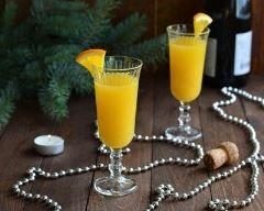 Cocktail mimosa au champagne et au jus d'orange