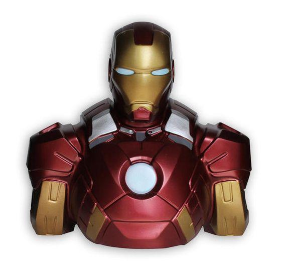 Marvel Deluxe Spardose Iron Man. Hier bei www.closeup.de