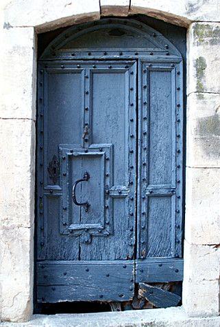 Porte bleue - France