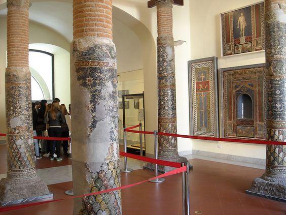 Resultado de imagen de Roman Glass Mosaic columns-from Pompeii and Herculaneum
