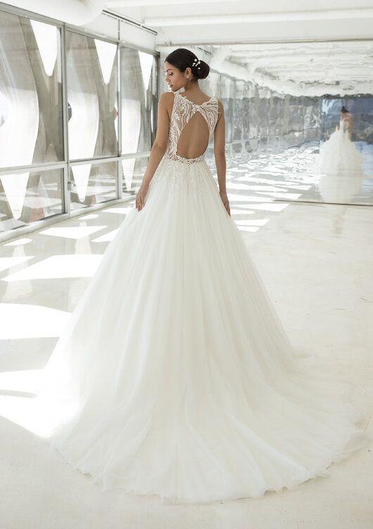 Die Pronovias Kollektion Fur 2021 Hollywood Glamour Fur Ihre Hochzeit In 2020 Pronovias Brautkleid Brautmode Brautkleid Prinzessin