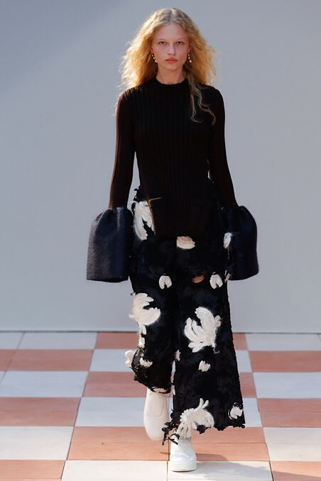 Céline, Look #1 Paris Fashion Week fall winter 2015, day 5
