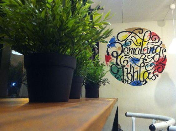 steff drwaing art #seventeapemalang #seventea_id #pemalangikhlas #watercolor #mural #lettering #gambardinding