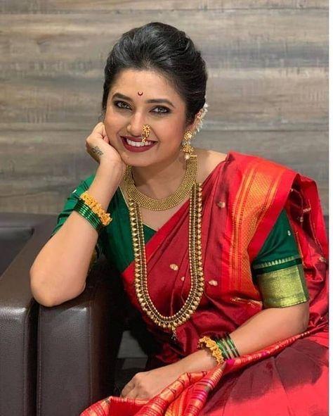 Manufacturer Of Paithani Silk Saree Ordar From Whatsapp 9503463998 Courier Service Available In 2020 Saree Hairstyles Saree Photoshoot Maharashtrian Saree