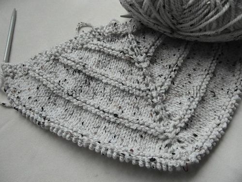 Ravelry: TraditionalSkills' Triangular Shawl #1- free knitting pattern
