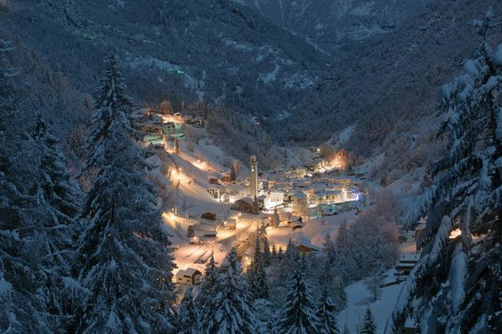 Night On Alps by Lorenzo Manni on 500px