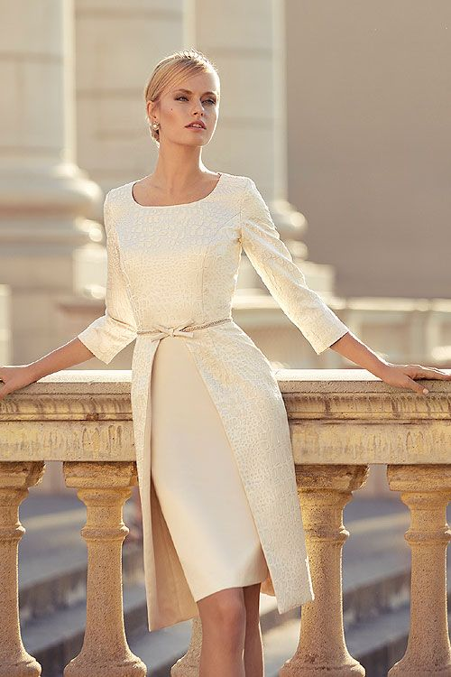 A Stunning Ivory Blush And Gold Mother Of The Bride Groom Or Wedding Guest Outfit From Gabriela Sanchez Frox Falkirk Fashion