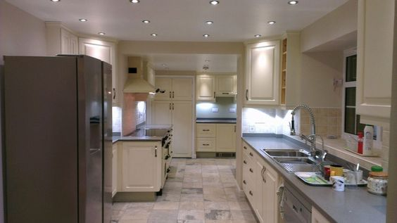 CUSTOM DESIGNED AND FITTED KITCHENS  HAND CRAFTED AND PAINTED IN CORNWALL