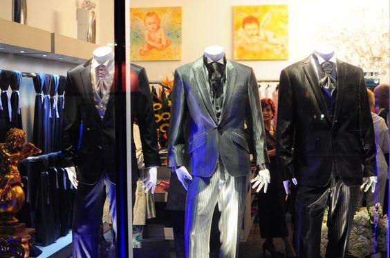 ¿Cuál eligiría para casarse? #ternos #trajes #fashion  www.gliabiti-sac.com