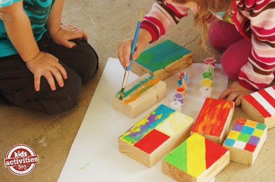 Colorful blocks to build with - DIY for kids - wood