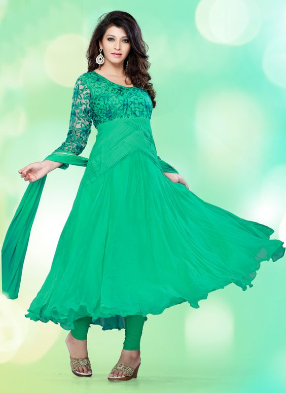 Adorable Anarkali For Ethnic Collection (107D) Please visit below link http://www.satrani.com/search&filter_name=107D  For more queries,  email id: inquiry@satrani.com Contact no.: 09737746888(whats app available)