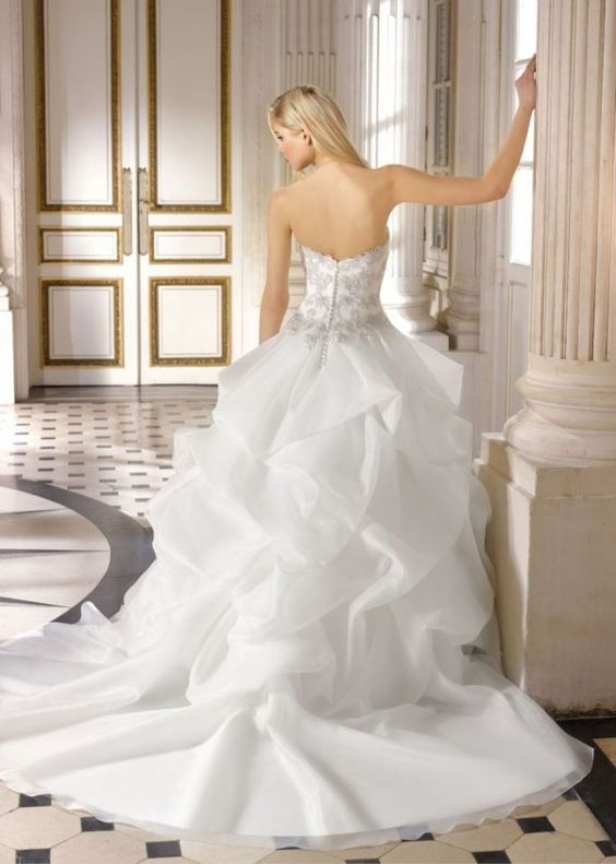 2015 Miss Kelly Robe de mariée sur www.espacemariage.com