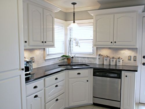 White Kitchen Backsplash Ideas White Cabinets Black