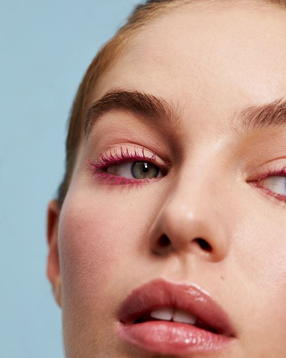 Pink makeup eye look using the 3ina coloured pink mascara.