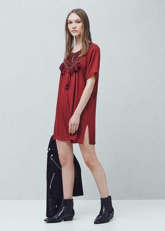 Kleid mit besticktem einsatz | MANGO