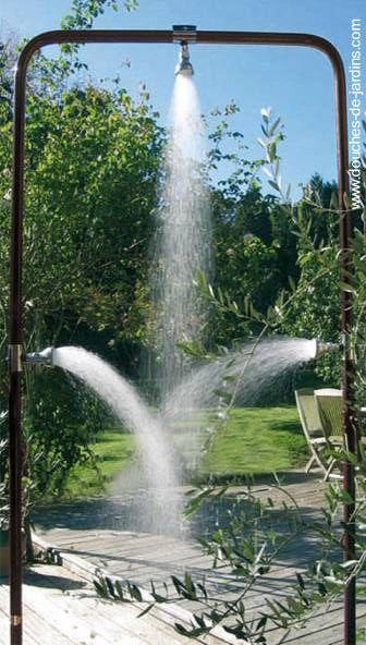Ducha de jard n cosas para la casa pinterest plantas for Piletas para jardines pequenos