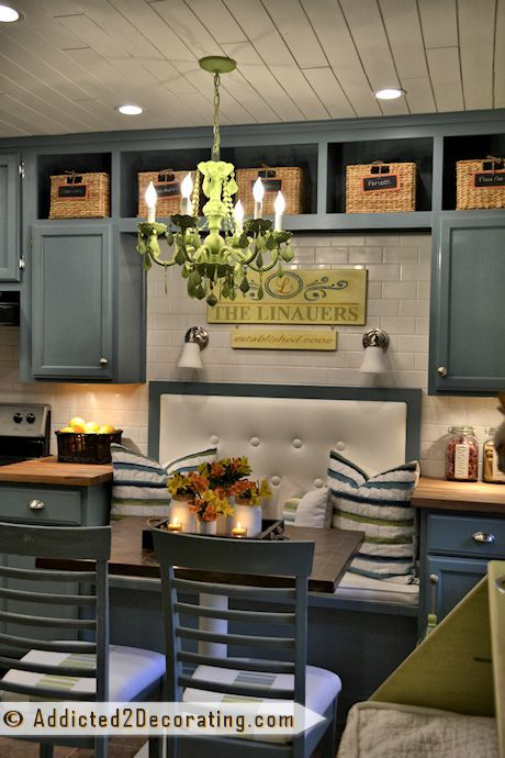Nooks galley kitchens and table and chairs on pinterest for Galley kitchen with breakfast nook