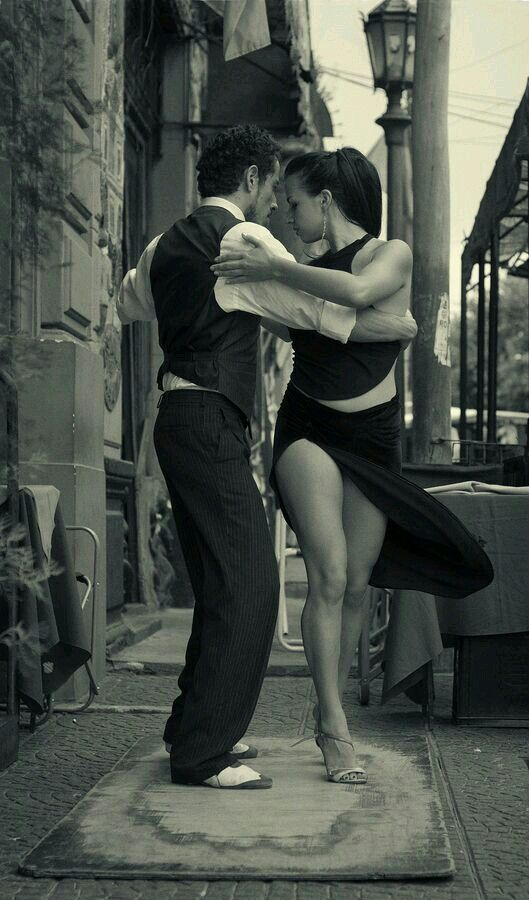 Always time to #Tango - #Photography by #MariaChurkina, via #500px #Dance #Couple #Dancing #LatinDancing