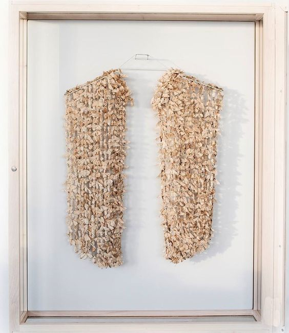 Katharina Dettar 1000 Moths for a Blouse, 2016, blouse; Bombyx mori moths, silk thread - Marzee Prize 2016: