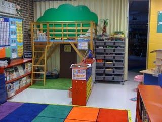 tree house reading center