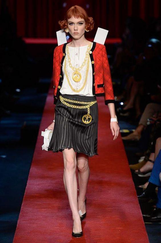 Moschino Spring 2017 Ready-to-Wear Fashion Show - Kiki Willems