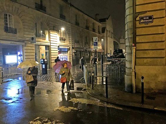 Снятия перекрытия улицы после забастовки желтых жилетов