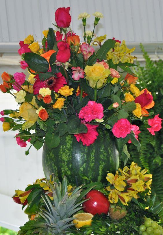flower arrangement in a watermelon | Craft Ideas
