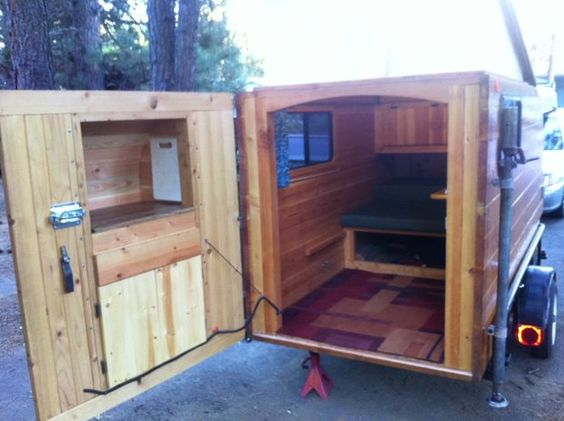 wood pallet camper | Self-made Wooden Camper (Kleine Cabine)
