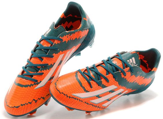 #AdidasMessi  http://www.4tres3.com/messi/1392-adidas-messi-103-trx-ag.html