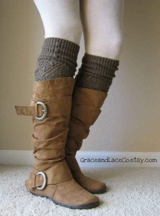 Awesome legwarmers by GraceandLaceCo on Etsy.  So cute and so trendy.