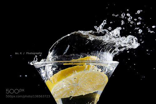 Lemon Splash (14) by letrungkien187  IFTTT 500px chanh flash food fresh fruit lemon marco splash water yellow