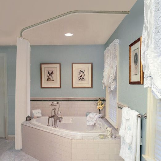 Corner tub with curtain, love the wall colour. | Bathroom Reno ...