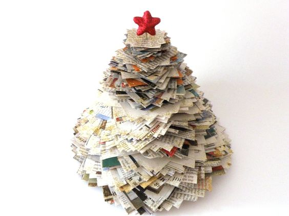 upcycling christmastree zeitungspapier weihnachtsbaum by pidi pop via. Black Bedroom Furniture Sets. Home Design Ideas