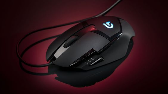 Logitech G402 Hyperion Fury gaming mouse review | Hyperbole aside, the Logitech G402 Hyperion Fury is actually an awesome, affordable mid-range gaming mouse. Reviews | TechRadar