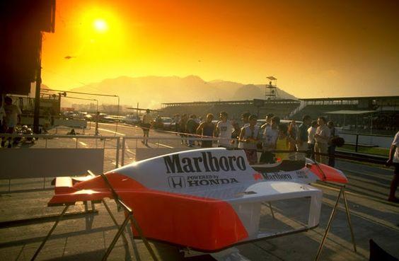 """GP Jacarepaguá, Rio de janeiro, Brasil - 1988. """"O nascimento do carro mais dominante da F1"""" -  http://www.jalopnik.com.br/o-nascimento-do-carro-mais-dominante-da-formula-1/"""