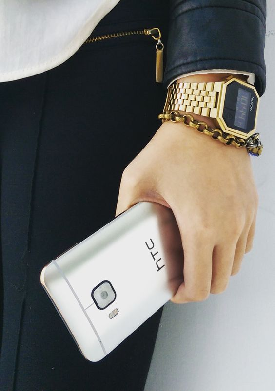 Accessorize with a sleek HTC One M9.