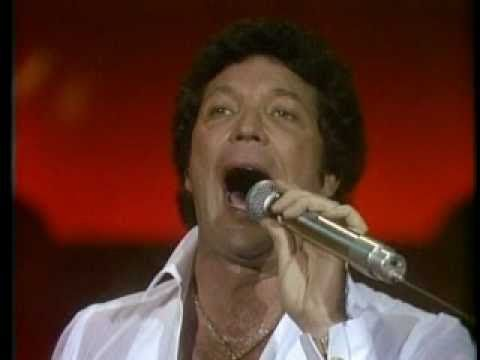 TOM JONES - DANNY BOY (LIVE)