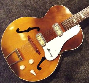 1966 Harmony Hollywood H-41 in a no reserve auction. Seller says it's all original with the exception of the tuners...