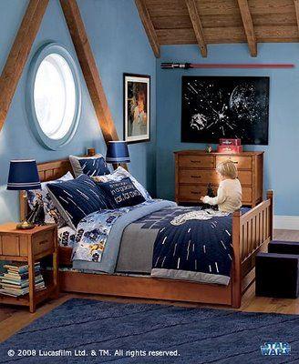 Google Image Result for http://decorating-ideas.biz/wp-content/uploads/2011/07/star-wars-bedroom-decor2.jpg