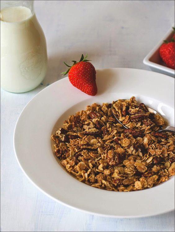Ahornsirup-Pekannuss-Granola als Müsli der Woche - selbstgemachtes Knuspermüsli Rezept