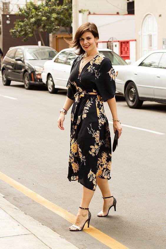 DIVINA EJECUTIVA: Mis Looks - Vestido estilo Kimono