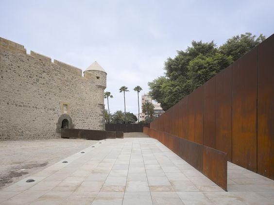 Castillo de la luz Museum // Nieto Sobejano Arquitectos